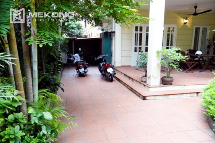 Lovely house for rent in Nghi Tam village 5