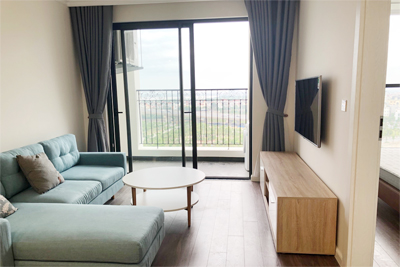 Lovely river view 2 bedroom apartment for rent in R3 tower, Sunshine Riverside