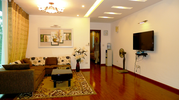 Two bedrooms serviced apartment with lakeview for rent in Trich Sai street, Tay Ho, Hanoi