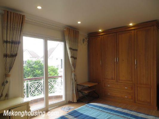 Luxurious villa with 5 bedrooms for rent in Vinhomes Riverside, Long Bien district, Hanoi 13