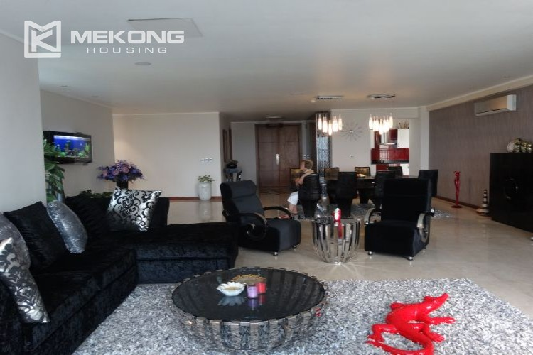 Luxury 267 sqm apartment with 4 bedrooms in L2 tower Ciputra Hanoi 13