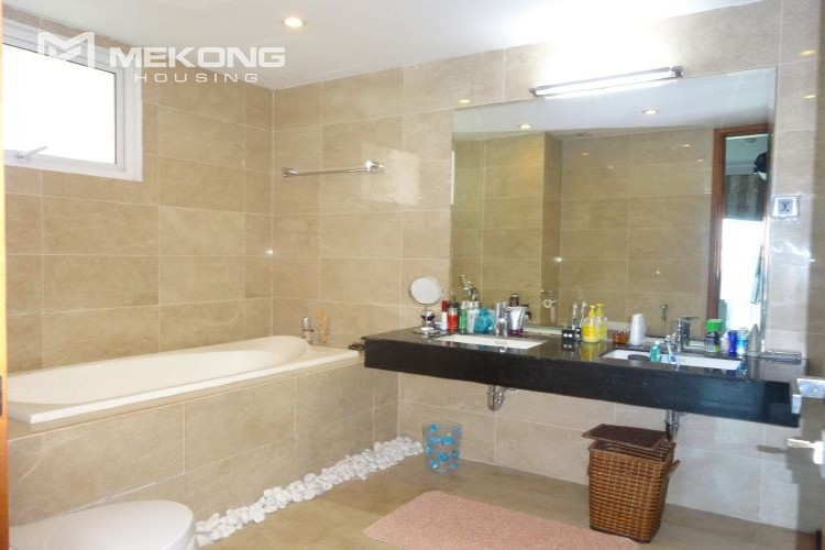 Luxury 267 sqm apartment with 4 bedrooms in L2 tower Ciputra Hanoi 26