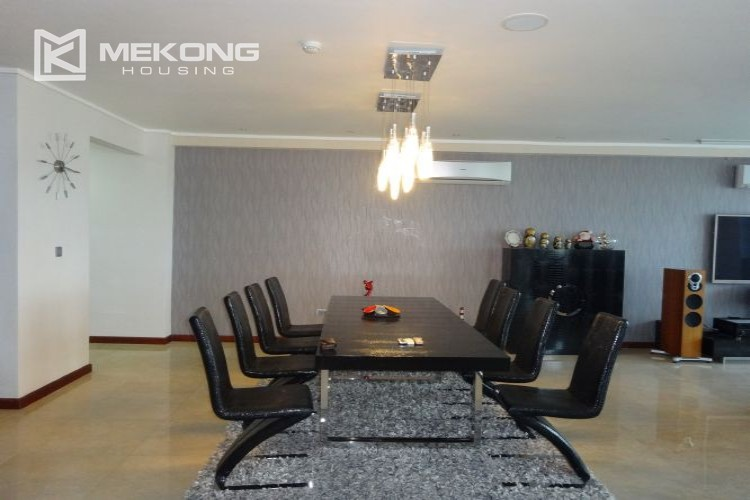 Luxury 267 sqm apartment with 4 bedrooms in L2 tower Ciputra Hanoi 33