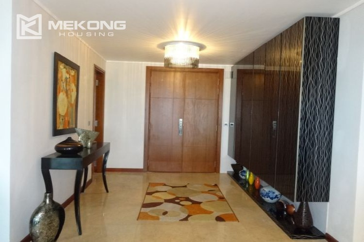 Luxury 267 sqm apartment with 4 bedrooms in L2 tower Ciputra Hanoi 34