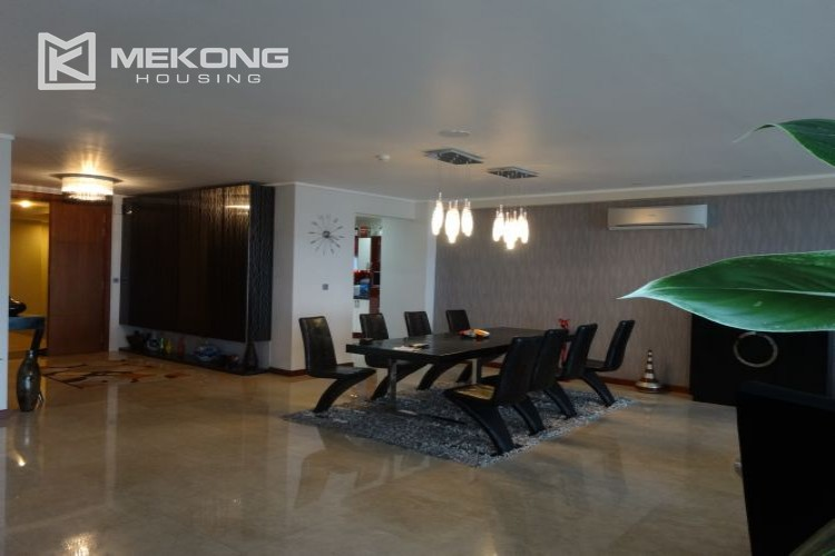 Luxury 267 sqm apartment with 4 bedrooms in L2 tower Ciputra Hanoi 37