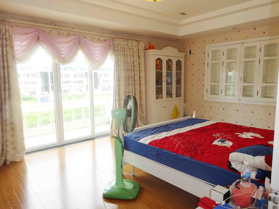 Luxury and spacious villa with 5 bedroom for rent in T area, Ciputra, Tay Ho, Hanoi 17