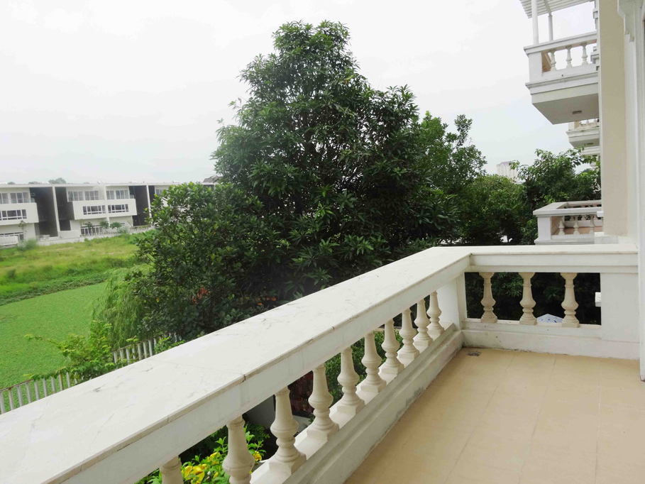 Luxury and spacious villa with 5 bedroom for rent in T area, Ciputra, Tay Ho, Hanoi 21