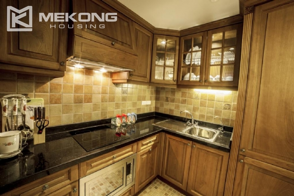 Luxury apartment with 1 bedroom for rent in Hai Ba Trung district, near Vincom Center Ba Trieu 3