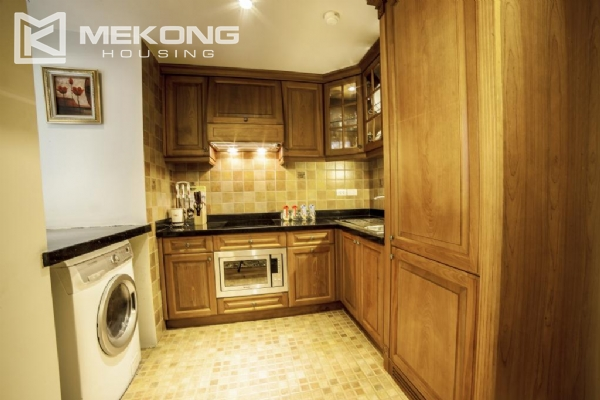 Luxury apartment with 1 bedroom for rent in Hai Ba Trung district, near Vincom Center Ba Trieu 4