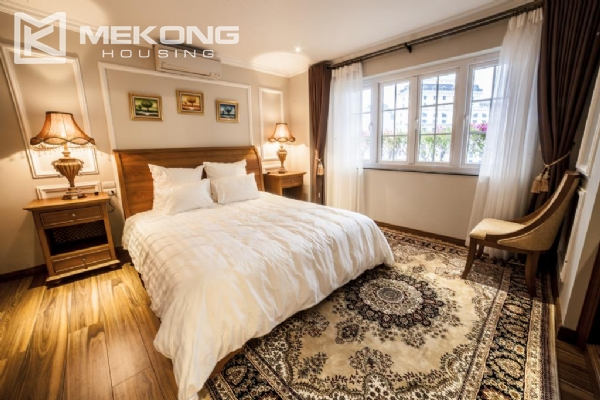 Luxury apartment with 1 bedroom for rent in Hai Ba Trung district, near Vincom Center Ba Trieu 5