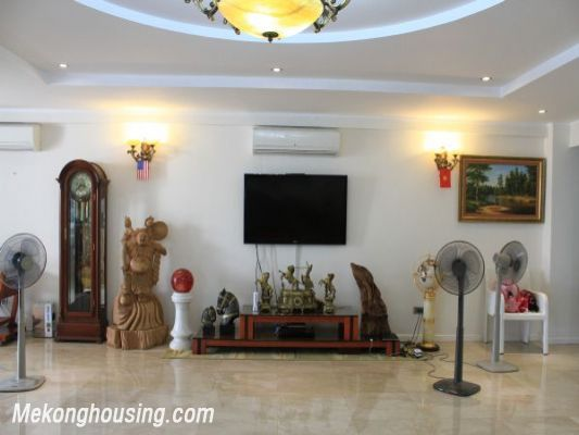 Luxury furnished apartment with 4 bedrooms for rent in L1 tower, Ciputra hanoi 4
