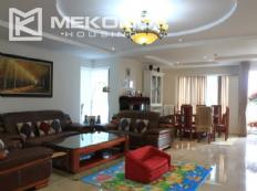 Luxury furnished apartment with 4 bedrooms in The Link, Ciputra Hanoi