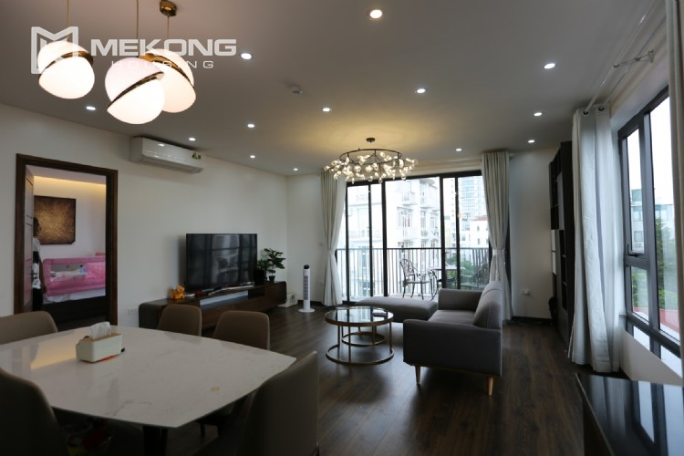 Luxury serviced apartment for rent with big terrace 2