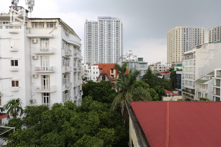 Luxury serviced apartment for rent with big terrace 7