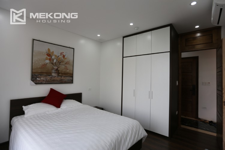 Luxury serviced apartment for rent with big terrace 15