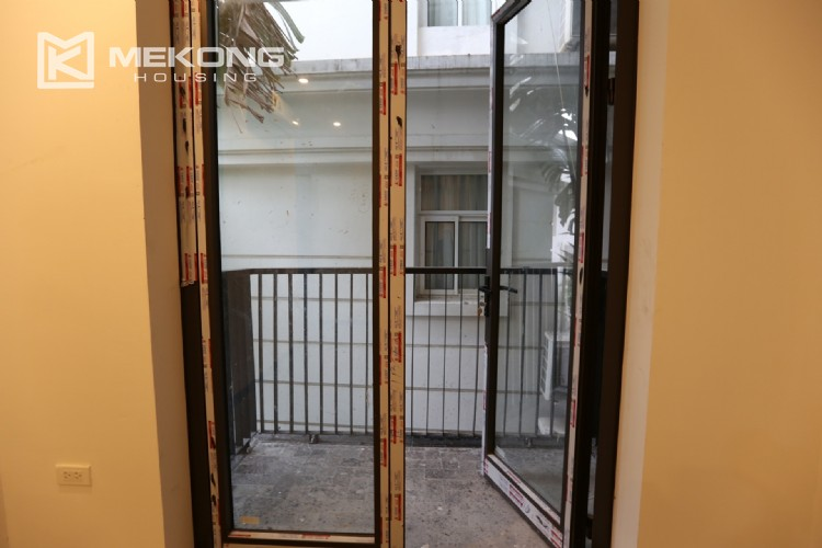 Luxury serviced apartment for rent with big terrace 18