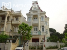 Luxury villa with 5 bedrooms and open surrounding in T block, Ciputra Hanoi