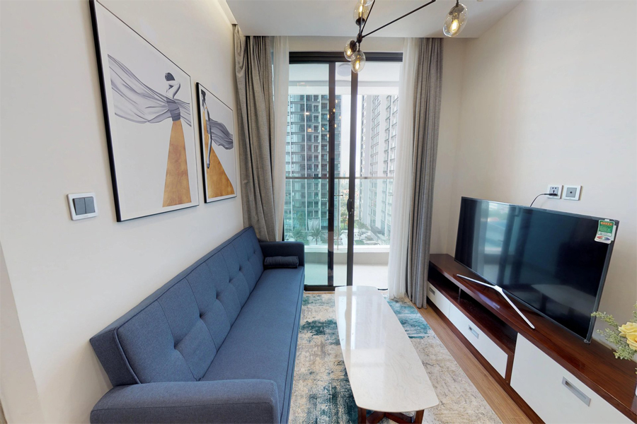 Modern 1 bedroom apartment with balcony in Vinhomes Metropolis, 27 Lieu Gia street 5