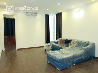 Modern 119 m2 apartment with 3 bedrooms for rent in G2 tower, Ciputra Hanoi
