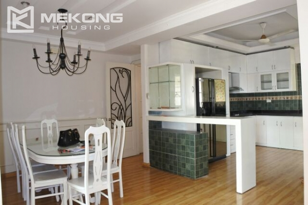 Modern 153 m2 apartment with 4 bedrooms for rent in E1 tower  Ciputra Hanoi  5. Modern 153 m2 apartment with 4 bedrooms for rent in E1 tower