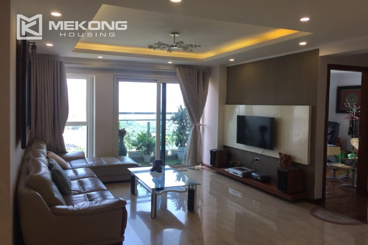 Modern and good quality apartment for rent in L tower Ciputra 4