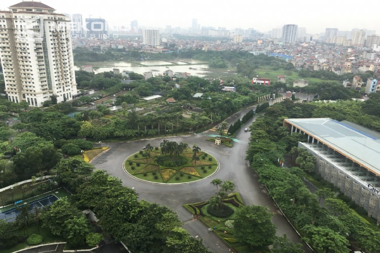 Modern and good quality apartment for rent in L tower Ciputra 6