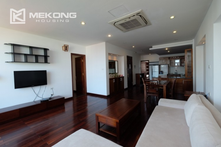 Modern and good quality apartment for rent inTay Ho street 6