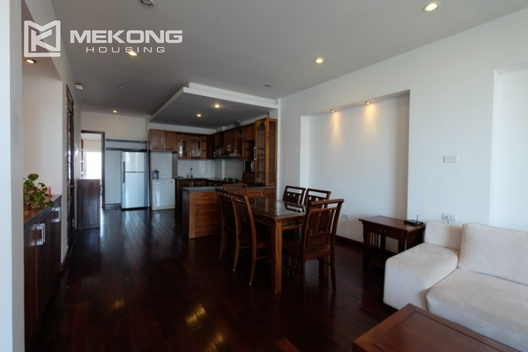 Modern and good quality apartment for rent inTay Ho street 8