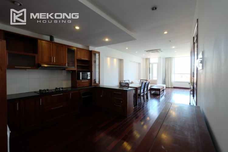 Modern and good quality apartment for rent inTay Ho street 12
