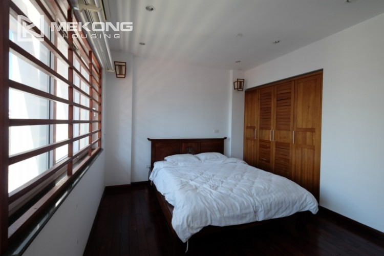 Modern and good quality apartment for rent inTay Ho street 20