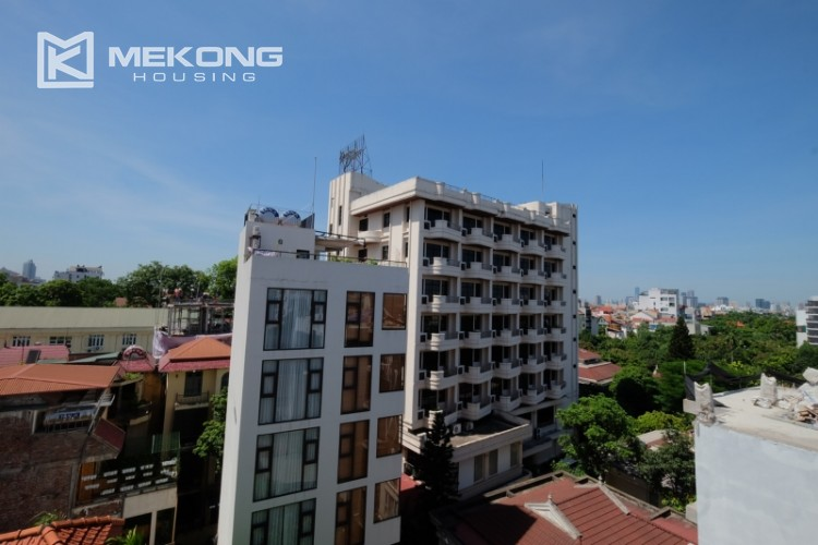 Modern and good quality apartment for rent inTay Ho street 23