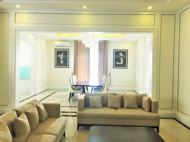 Modern and luxurious villas for rent in Hoa Sua area, Vinhomes riverside, Long Bien, Hanoi