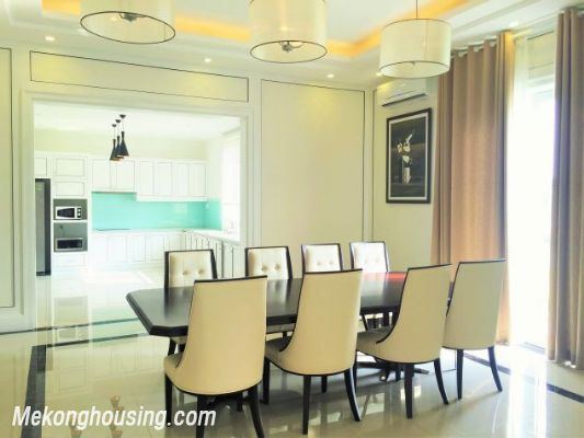 Modern and luxurious villas for rent in Hoa Sua area, Vinhomes riverside, Long Bien, Hanoi 5