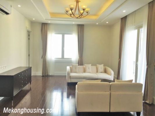 Modern and luxurious villas for rent in Hoa Sua area, Vinhomes riverside, Long Bien, Hanoi 7