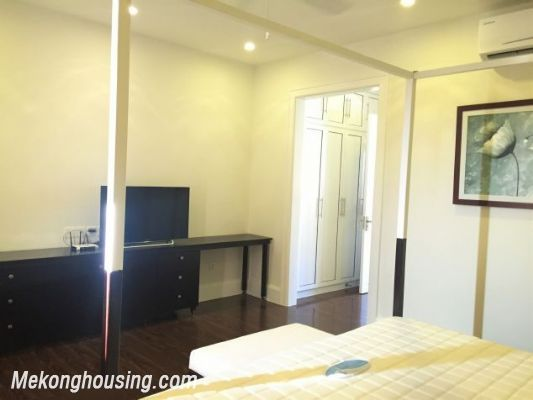 Modern and luxurious villas for rent in Hoa Sua area, Vinhomes riverside, Long Bien, Hanoi 9