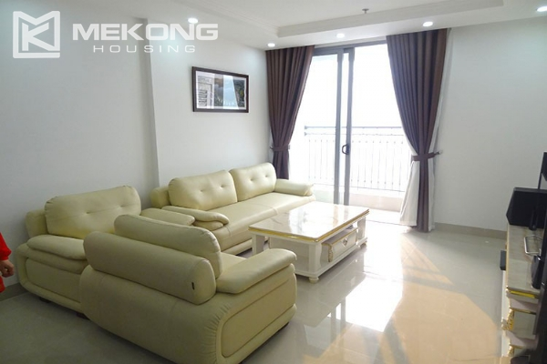 Modern apartment with 2 bedroom and big balcony for rent in Vinhomes Nguyen Chi Thanh 1