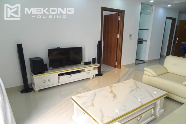 Modern apartment with 2 bedroom and big balcony for rent in Vinhomes Nguyen Chi Thanh 3