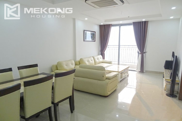 Modern apartment with 2 bedroom and big balcony for rent in Vinhomes Nguyen Chi Thanh 5