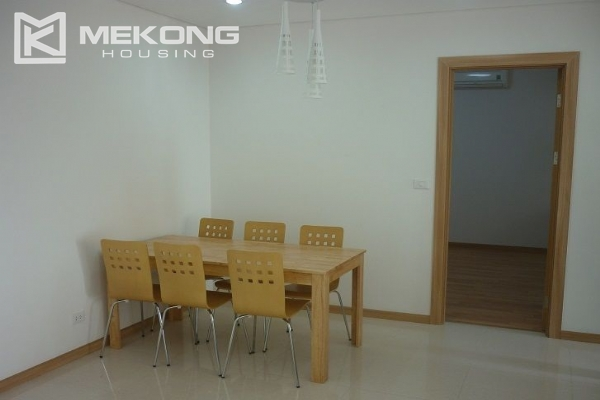Modern apartment with 2 bedroom for rent in Golden Palace, Nam Tu Liem, Hanoi 3