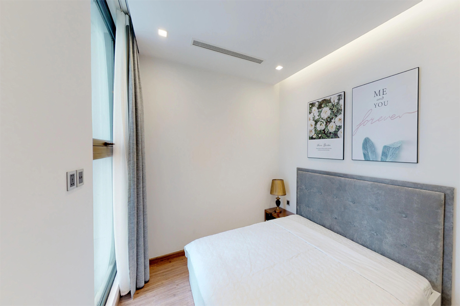 Modern design apartment with 2 bedroom on high floor in Vinhomes Metropolis, Lieu Giai street 9