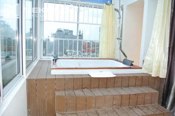 Modern furnished penthouse apartment with cozy 1 bedrooms for rent near Ba Dinh square, Hanoi 7