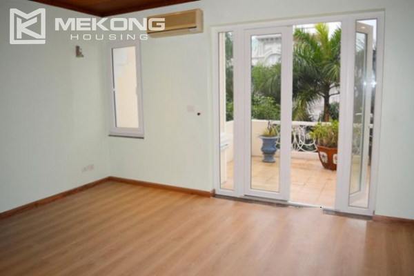 Modern furnished villa with 4 bedrooms for rent in T block, Ciputra Hanoi 3