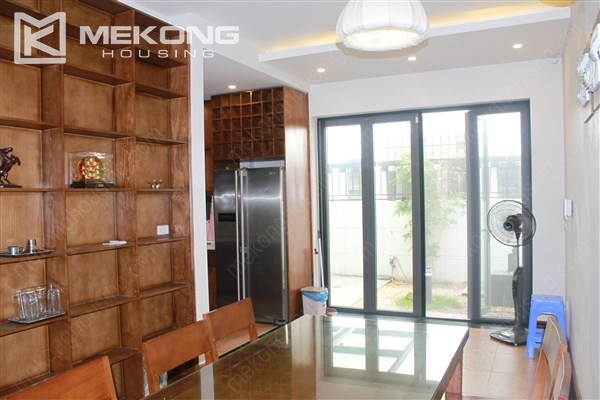 Modern house with 4 bedrooms for rent in Gamuda Gardens, Hoang Mai district 6