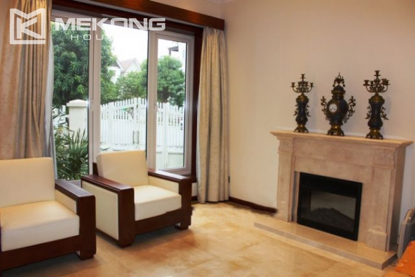 Modern villa with 4 bedrooms and garden surrounded in Vinhomes Riverside, Long Bien 8