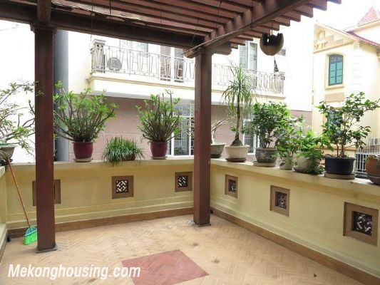Modern villa with nice garden for rent in Van Bao street, Ba Dinh, Hanoi 10