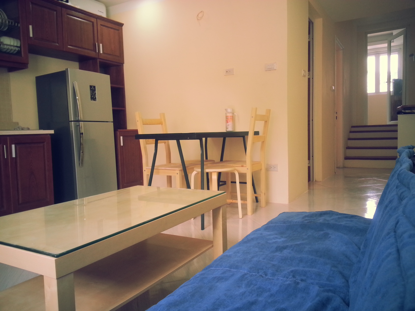Nice and cheap apartment for rent in Nghi Tam village, Tay Ho district, Hanoi
