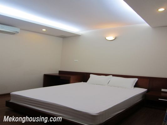 Nice and Modern Serviced Apartment Renting in Cau Dat st, Hoan Kiem dis 4