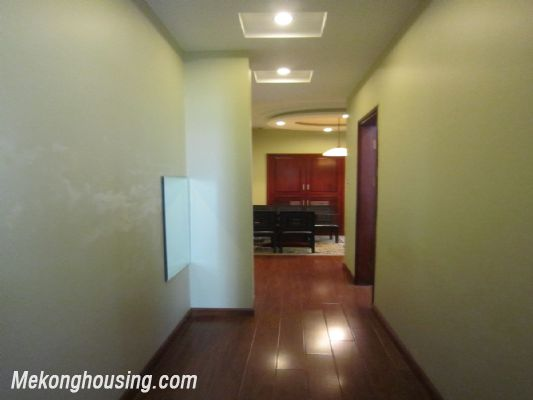 Nice and Modern Serviced Apartment Renting in Cau Dat st, Hoan Kiem dis 5