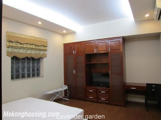 Nice and Modern Serviced Apartment Renting in Cau Dat st, Hoan Kiem dis 13