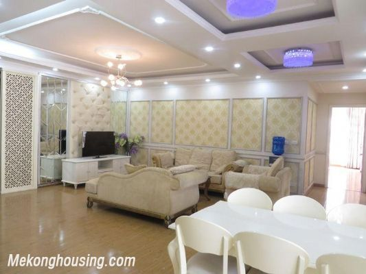 Nice apartment with 3 bedrooms for rent in 25t2 Hoang Dao Thuy, Cau Giay, Hanoi 2
